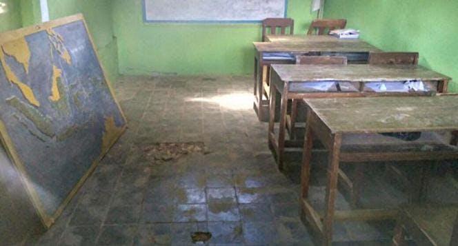Renovasi Sekolah & Penyaluran Air Bersih