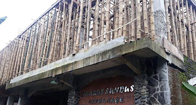 Bantu Pembangunan Masjid Daarus Sundus