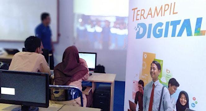 Yayasan Hope Indonesia Membangun Hari Esok