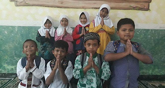 Bantu Al-Qurba Lengkapi Fasilitas Madrasah