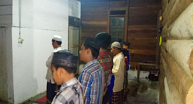 Bangun Masjid untuk Pesantren Hidayatullah Langkat