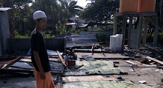 Membangun panti asuhan yang hancur Kareng gempa