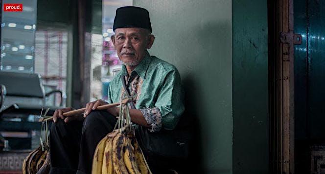 Bantu Bapak Uung Naik Haji