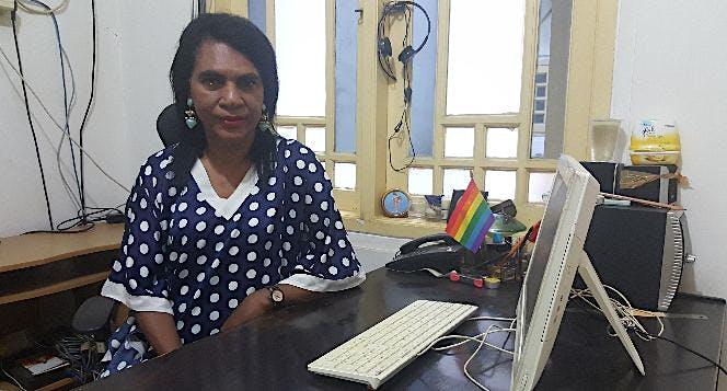 Bantu Mami Yuli raih Gelar Doktor Hukum Tatanegara