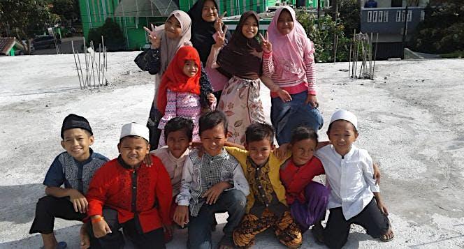 Bangun Pesantren Tahfidz Gratis Untuk Yatim Bekasi